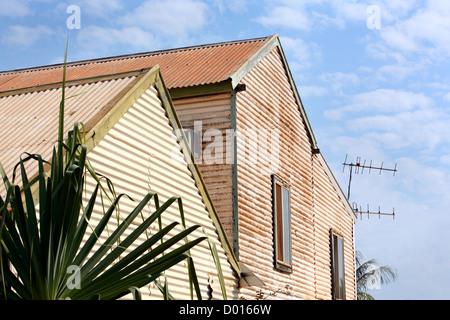 Construction en tôle ondulée. Broome, Australie occidentale. Banque D'Images