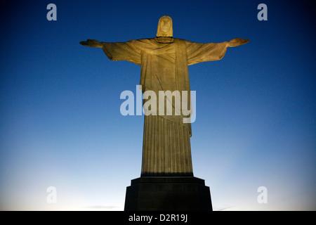 La statue du Christ Rédempteur au sommet du Corcovado, Rio de Janeiro, Brésil, Amérique du Sud Banque D'Images