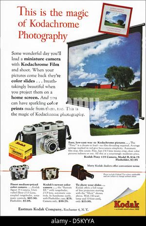 Publicité 1950 film Kodachrome Kodak annonce dans le magazine américain vers 1954 Banque D'Images