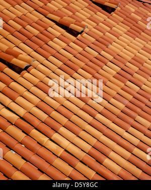 Les tuiles rouges sur des toits de Dubrovnik, Croatie Banque D'Images