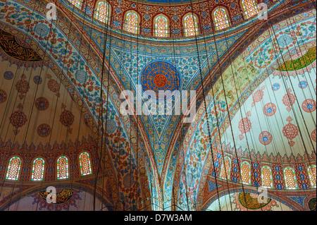 L'intérieur, la Mosquée Sultan Ahmet (Mosquée Bleue), Istanbul, Turquie Banque D'Images