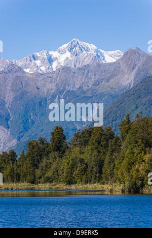 Parc Aoraki/Mount Cook (3754m) est la plus haute montagne en Nouvelle-Zélande et est vue ici du lac Matheson, près Banque D'Images