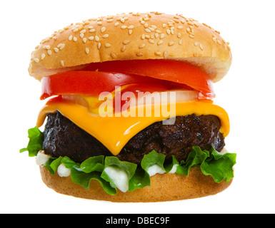 Gros et juteux cheese burger sur fond blanc Banque D'Images