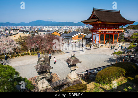 Temple Kiyomizu-dera, temple bouddhiste UNESCO World Heritage Site, Kyoto, Japon, Asie Banque D'Images