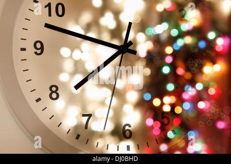 Réveil et les lumières vives. Noël. Nouvelle Année. Banque D'Images