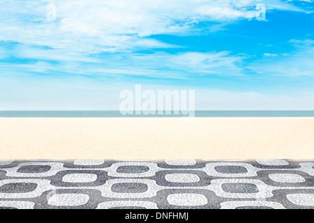 Mosaïque sur la plage d'Ipanema à Rio de Janeiro, Brésil Banque D'Images