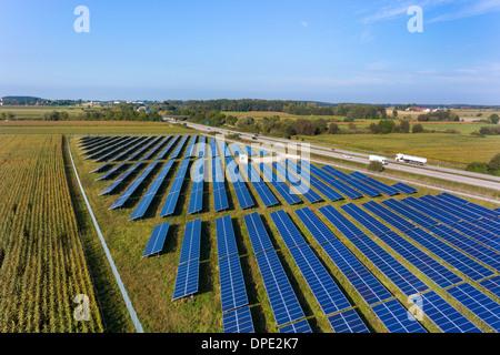 Vue de l'énergie solaire, panneaux, Munich, Bavière, Allemagne Banque D'Images