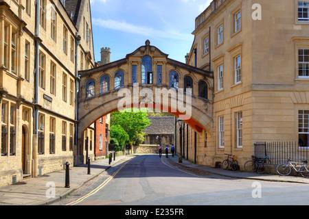 Pont des Soupirs, Oxford, Oxfordshire, Angleterre, Royaume-Uni Banque D'Images