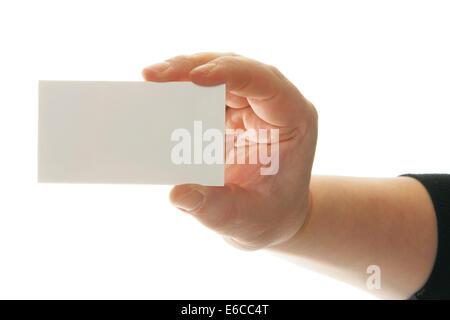 Hand holding blank carte de visite. Mettre votre propre texte sur carte. Banque D'Images