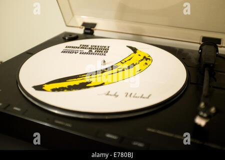 Limited Edition d'un disque vinyle sur une platine Banque D'Images