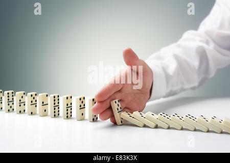 L'arrêt de l'effet domino Banque D'Images