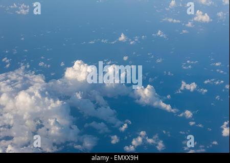 Cloud comme vu de la fenêtre d'un avion. Banque D'Images