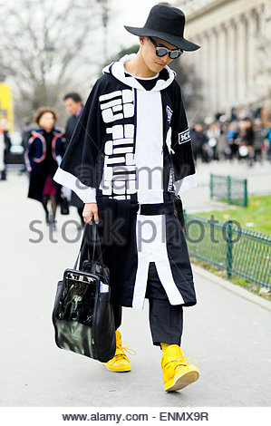 Peter Xu Blogger, PFW FW15/16, Couture. Paris Street Style. Banque D'Images
