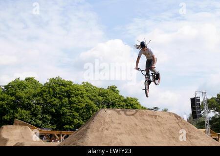 Goodwood, West Sussex, UK. 25 juin 2015. Goodwood Festival of Speed, le festival de la vitesse s'ouvre sur le premier Banque D'Images