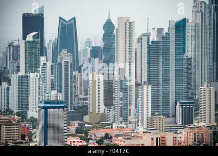 La ville de Panama, Panama, les gratte-ciel de la nouvelle ville de Panama en tant que semences depuis le sommet Banque D'Images