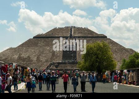 Pyramide du soleil, Teotihuacan, Mexique Banque D'Images