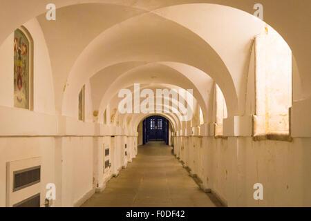 Southbank London Université de Greenwich Ripley underground Tunnel arch arches en plein cintre couloir reliant la Banque D'Images