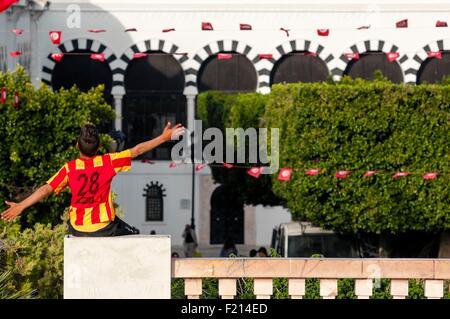 Tunisie, Tunis, centre-ville, Place de la Kasbah à la frontière de la vieille ville de Medina Banque D'Images