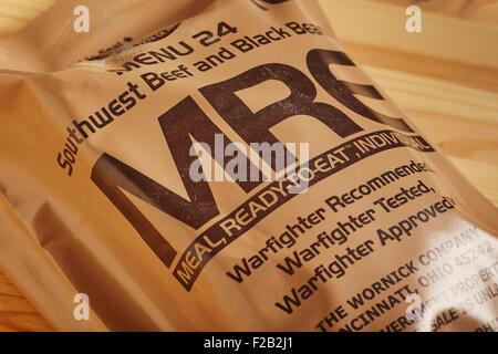 Un Gouvernement des États-Unis délivré repas complet appelé 'MRE.' Ils sont utilisés aussi bien par les forces militaires Banque D'Images