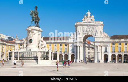 Lisbonne - Place du Commerce (Praça do Comercio), Lisbonne, Portugal Banque D'Images