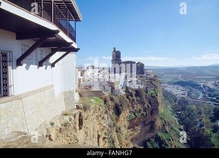 Voir à partir de l'hôtel. Arcos de la Frontera, province de Cadiz, Andalousie, espagne. Banque D'Images