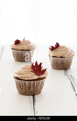 Toi cupcakes sur vintage Banque D'Images