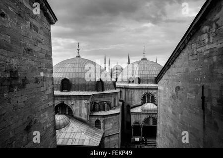 La Mosquée Bleue (Sultan Ahmet Camii), vue de la basilique Sainte-Sophie, Istanbul, Turquie, le 3 mai 2015. Banque D'Images