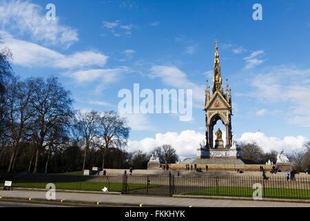 Albert Memorial, officiellement nommé Prince Consort National Memorial, Kensington Gardens, London, England, UK Banque D'Images