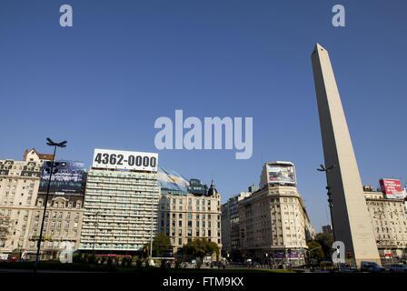 Obélisque sur Avenida Nove de Buenos Aires - Torre de San Nicolas Banque D'Images