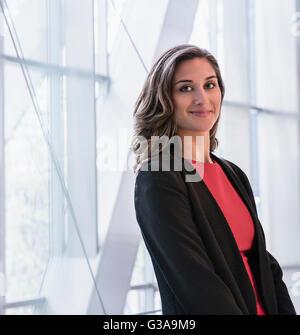 Portrait d'entreprise confiant businesswoman Banque D'Images