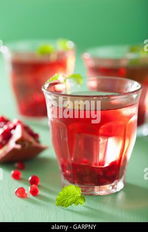 Grenade d'été boire avec Melissa Banque D'Images