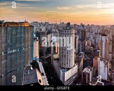 Centre de Sao Paulo, la mégalopole dans Southamerica Banque D'Images