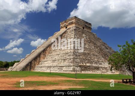 Historique Le site maya de Chichen Itza sur la péninsule du Yucatan au Mexique, d'Amérique centrale. Banque D'Images