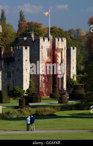 Le château de Hever et jardins, Hever, Kent, Angleterre, Royaume-Uni, Europe Banque D'Images