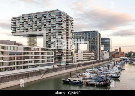 Maisons grue à Cologne, Allemagne Banque D'Images