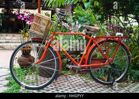 Vintage, transports, métal, rétro, vélo, bicyclette, cycle, clasic, classic, fer à repasser, Banque D'Images