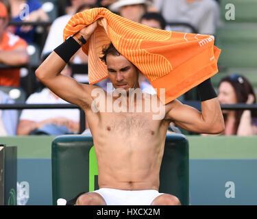 Key Biscayne, Floride, USA. Mar 26, 2017. Rafael Nadal Vs de commentaires au cours de l'Open de Miami à Crandon Banque D'Images