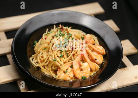 Spaghetti aux crevettes infusés de Malaisie Banque D'Images
