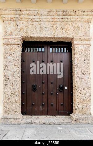 Porte à Cartagena de Indias (Colombie Banque D'Images