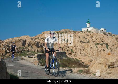 Corse, France 01 Octobre 2006: Randonnée à vélo, des vacances actives sur l'île de Corse Banque D'Images