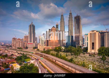 Kuala Lumpur. Cityscape image de Kuala Lumpur, en Malaisie, au cours de la journée. Banque D'Images