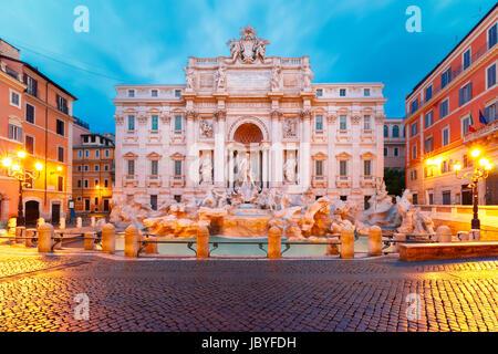Fontaine de Trevi ou la fontaine de Trevi à Rome, Italie Banque D'Images