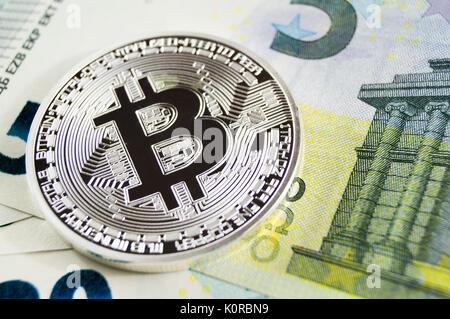 Bitcoin est une façon moderne de l'échange et cette crypto-monnaie est un moyen de paiement dans les marchés financiers Banque D'Images