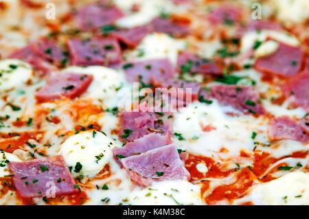 Pizza au jambon Banque D'Images
