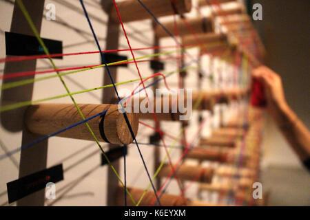 Part fils interconnectés formant un réseau Banque D'Images