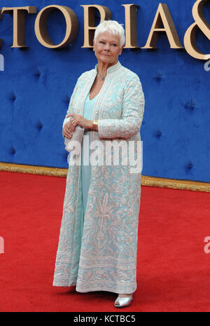 L'uk premiere de 'Victoria & Abdul' tenue à l'odeon leicester square comprend : Dame Judi Dench où : London, Royaume Banque D'Images