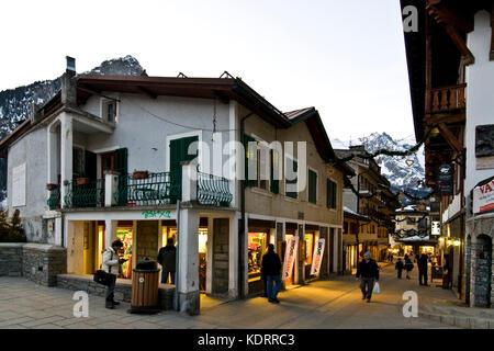 Courmayeur, vallée d'aoste, Italie Banque D'Images