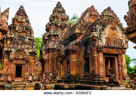 """Banteay Srei Banteay Srey ou ('citadelle de la femme"""") est un 10e siècle dédiée à temple cambodgien le dieu hindou Banque D'Images"""