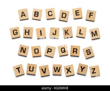 Tuiles en bois alphabet isolé sur un fond blanc. Banque D'Images