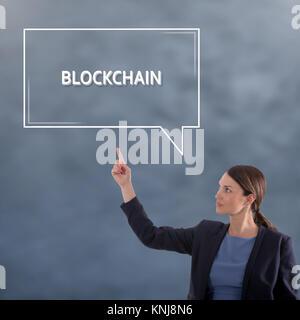 BLOCKCHAIN CONCEPT Concept commercial. Business Woman Concept Graphique Banque D'Images